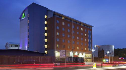 Holiday Inn Express London Limehouse, an IHG Hotel
