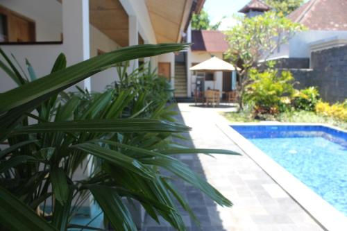 Jukung Dua Guest House