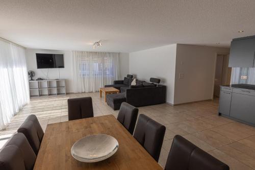 . Chalet Gousweid- Schilthorn Apartment
