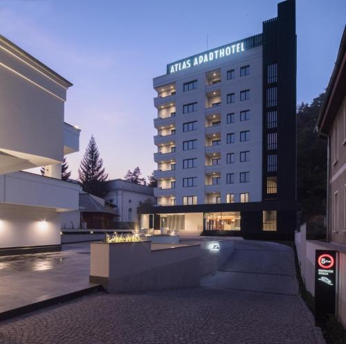 Atlas Aparthotel - Hotel - Piatra Neamţ