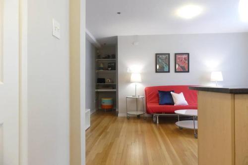 Central & Quiet Apartment - Halifax, NS B3H 2W7