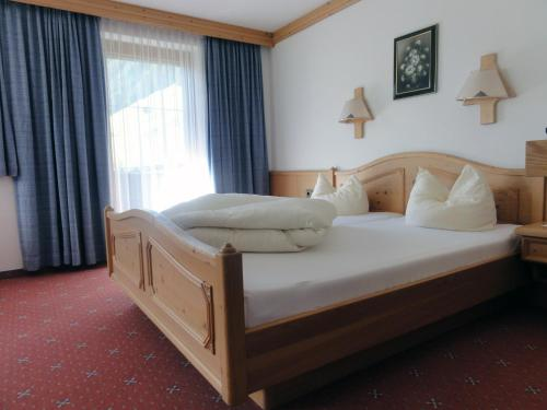 Фото отеля Gastehaus Alpenland