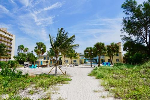 . Molloy Gulf Motel & Cottages