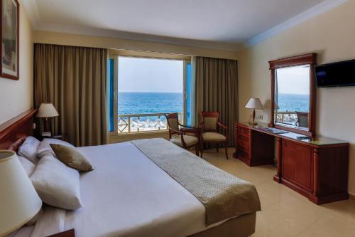 Sunrise Alex Avenue Hotel room Valokuvat