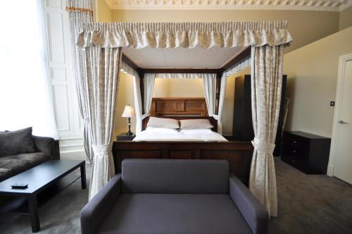 Palmerston Suites photo 11