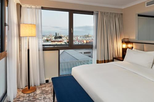 Junior King Suite with Panorama View