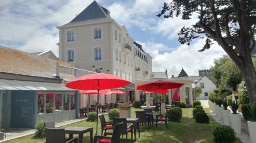 Grand Hôtel de Courtoisville - Piscine & Spa, The Originals Relais (Relais du Silence) - Hôtel - Saint-Malo
