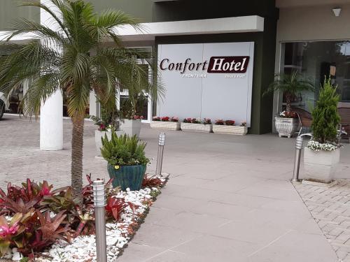 . Confort Fronteira Hotel