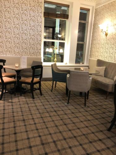 The Clarendon Hotel - Photo 2 of 47