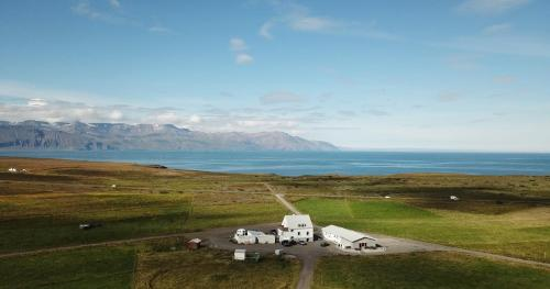 Saltvík Farm Guesthouse - Photo 3 of 43