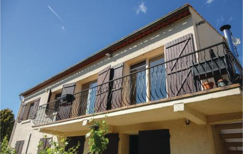 . Nice apartment in Narbonne w/ WiFi and 3 Bedrooms