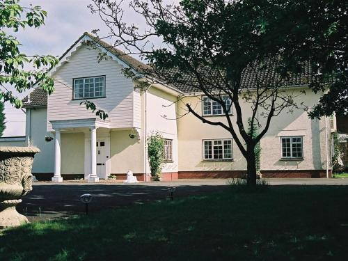 Newmans Hall Bed & Breakfast