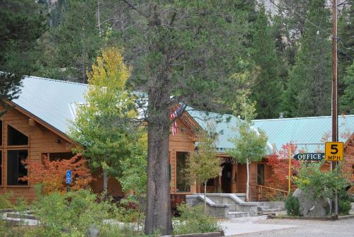 Double Eagle Resort and Spa - Accommodation - June Lake