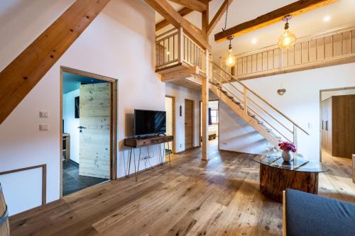 Biohof Jörgenbauer - Wohnung Bergzeit - Apartment - Schliersee