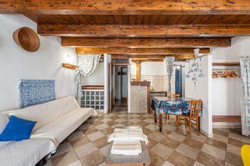 . Casa di Zio Emanuele