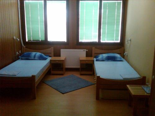 . Hostel AV Palanka