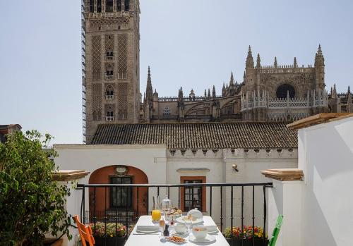 Eme Catedral Mercer Casco Antiguo Seville Room Deals