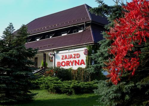 . Zajazd Boryna