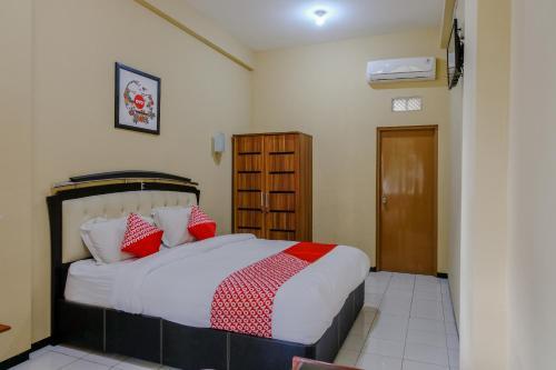 Oyo 1342 Uniga Malang Family Residence Hotel In Penanggungan Indonesia Wander