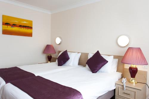 Heathlands Hotel