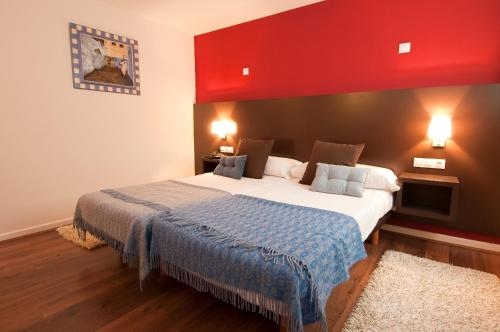 Economy Twin Room Hotel Arrope 1
