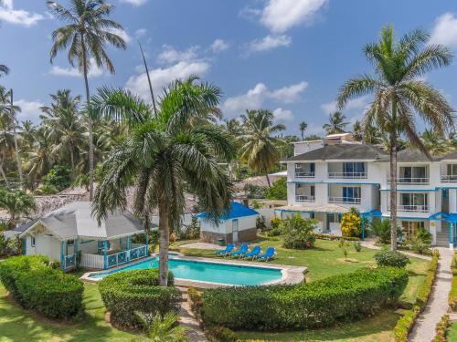 . Costarena Beach Hotel