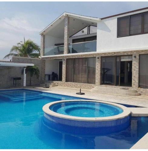 Casa de Wicho, Chiquimulilla