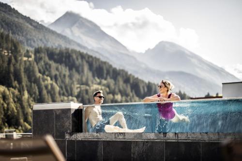 Aktiv- & Wellnesshotel Bergfried - Hotel - Hintertux
