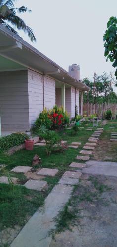 Hut Hostel, Lombok Tengah