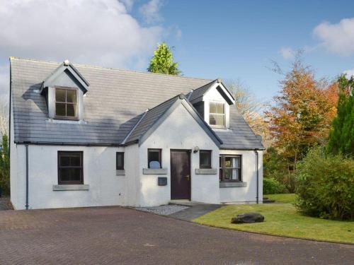 Lochindaal Cottage