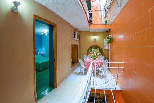 Photo - Crespo St. Rooms B2BPay