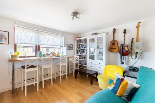 Picture of Prestigious West Hampstead 2 Bedroom Modern Apartment