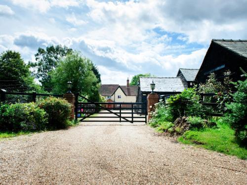 Baileys Farm, Hitchin