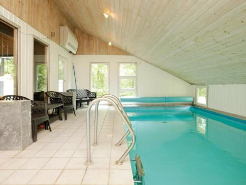 . Four-Bedroom Holiday home in Oksbøl 10