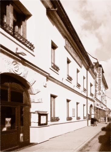 . Hotel Academic