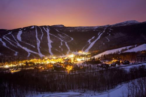 The Lodge at Spruce Peak, a Destination by Hyatt Residence - Hotel - Stowe