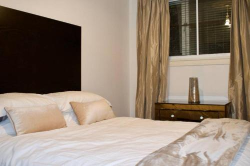 Picture of Bright Apartment On The Grassmarket