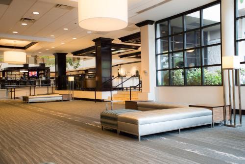 Embassy Suites Hotel Orlando-Downtown - Orlando, FL 32801