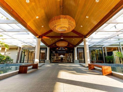 . Novotel Sunshine Coast Resort