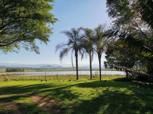 . Drakensberg Bush Lodge and Backpackers