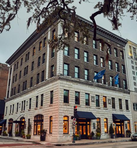 . The Drayton Hotel