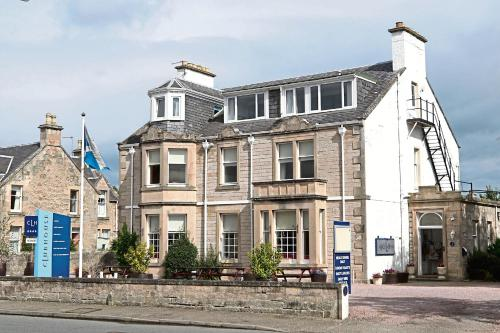 The Clubhouse Hotel, Nairn