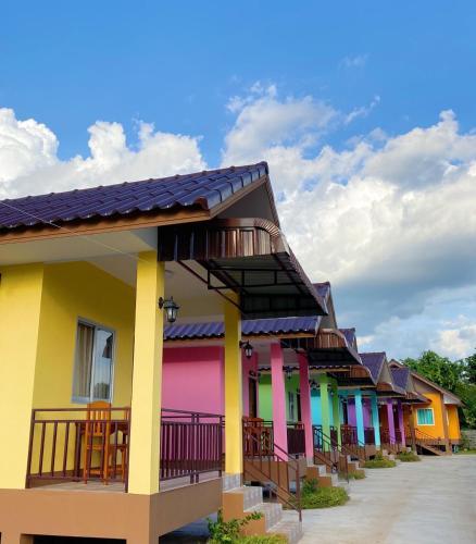 บ้านภูเวียง Banphuwiang แม่สรวย/เวียงป่าเป้า