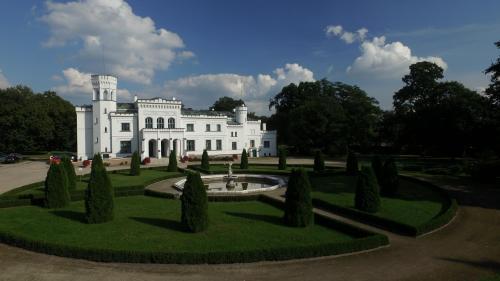 . Pałac Będlewo