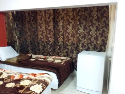 Isis Hostel 2 - image 8
