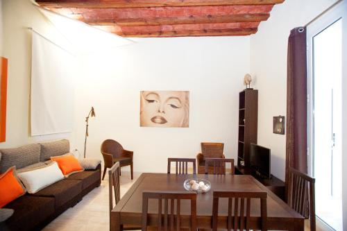 Bbarcelona Ramblas Apartment photo 6
