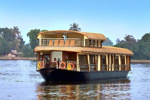 Dona House Boats at Alappuzha (Alleppey Backwaters)