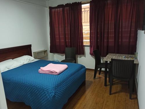 . Habitaciones y Apartamentos Vellisimo Center