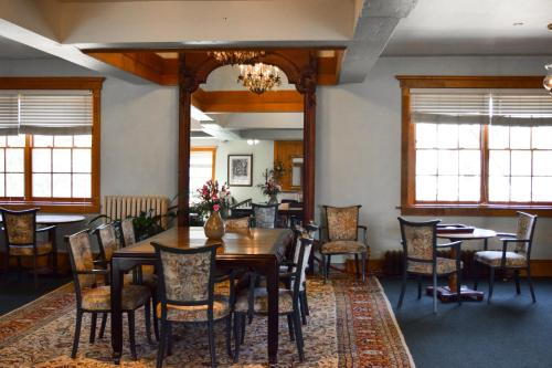 The Outing lodge - Accommodation - Stillwater