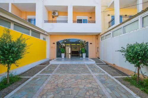 . Matthias Hotel Apartments